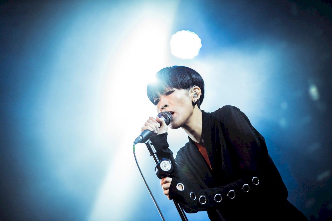 1994년에 데뷔해 혁신적이고 독특한 음악 스타일로 주시를 받은 타이완 여자 싱어송라이터 '천산니(陳珊妮)' - 사진: '천산니' 페이스북 공식 페이지 캡쳐 '